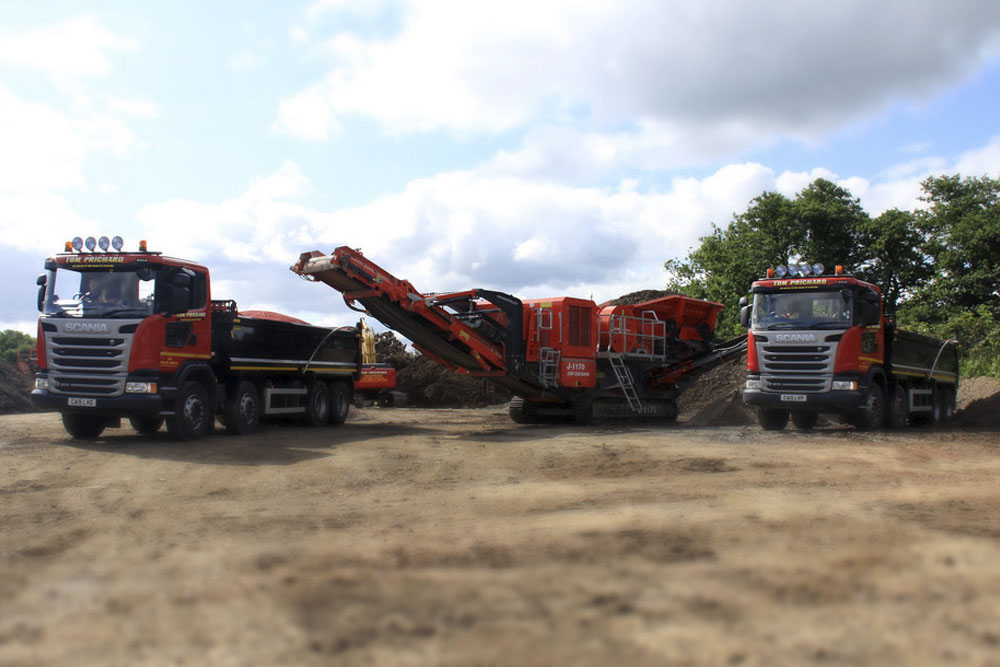 Mobile recycling plant hire